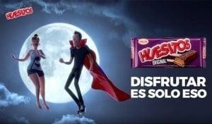 """Canción anuncio de Huesitos: """"Amante Vampiro"""""""