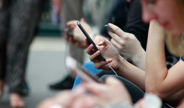 Cuatro-Apps-gratuitas-para-ver-television-desde-tu-movil-o-tablet